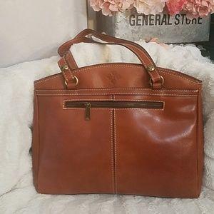 🆕️🏷Patricia Nash Bag